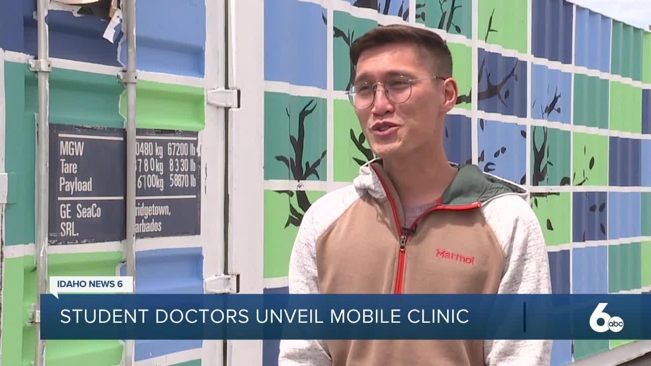 Student doctors unveil mobile clinic