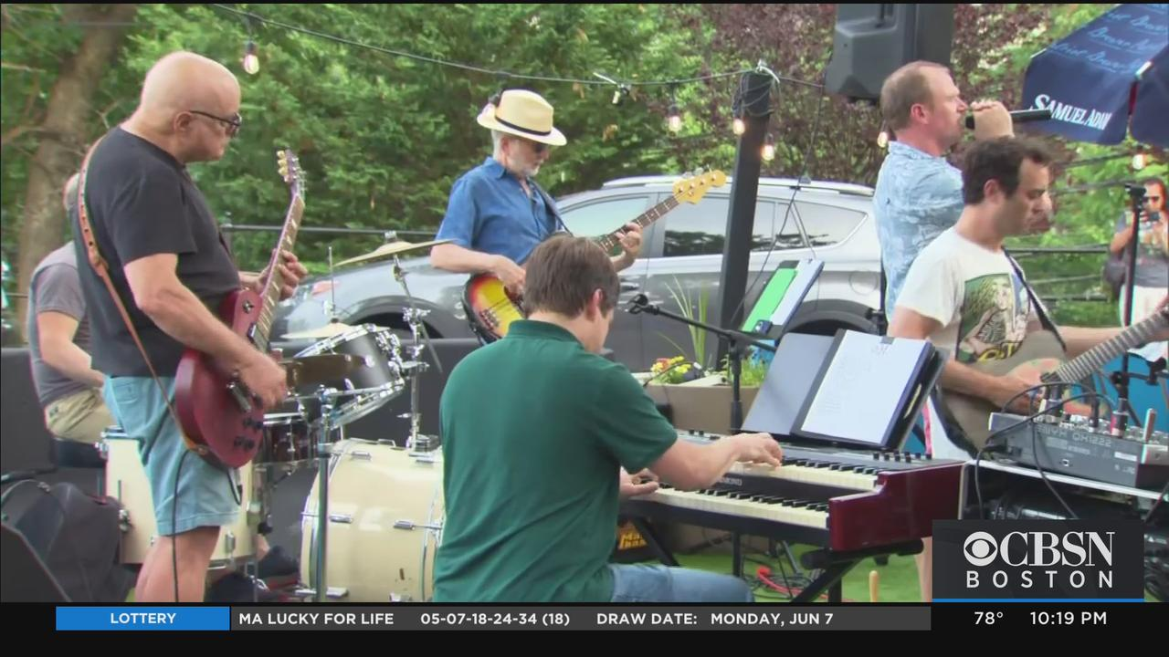 Band Of Anesthesiologists Perform Live For First Time Pandemic Started