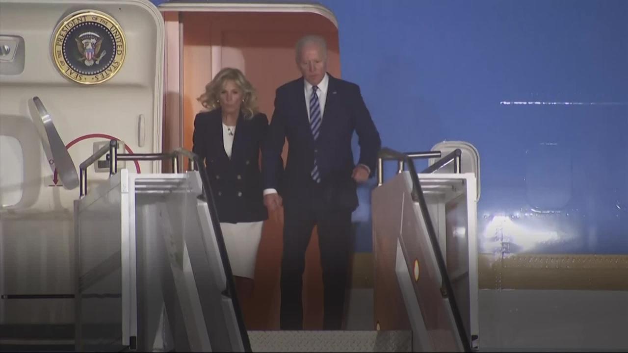 Biden touches down in Cornwall