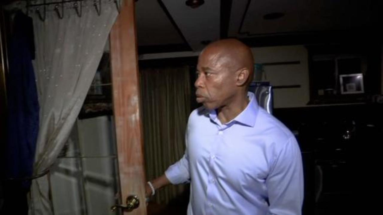 NYC mayoral candidate gives home tour after doubts he lives there