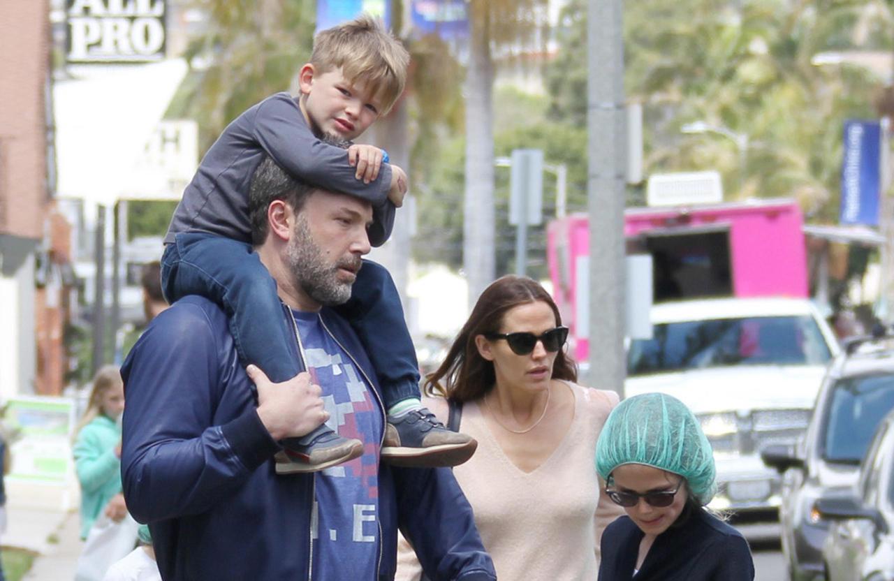 Jennifer Garner 'approves' of Ben Affleck rekindling romance with Jennifer Lopez