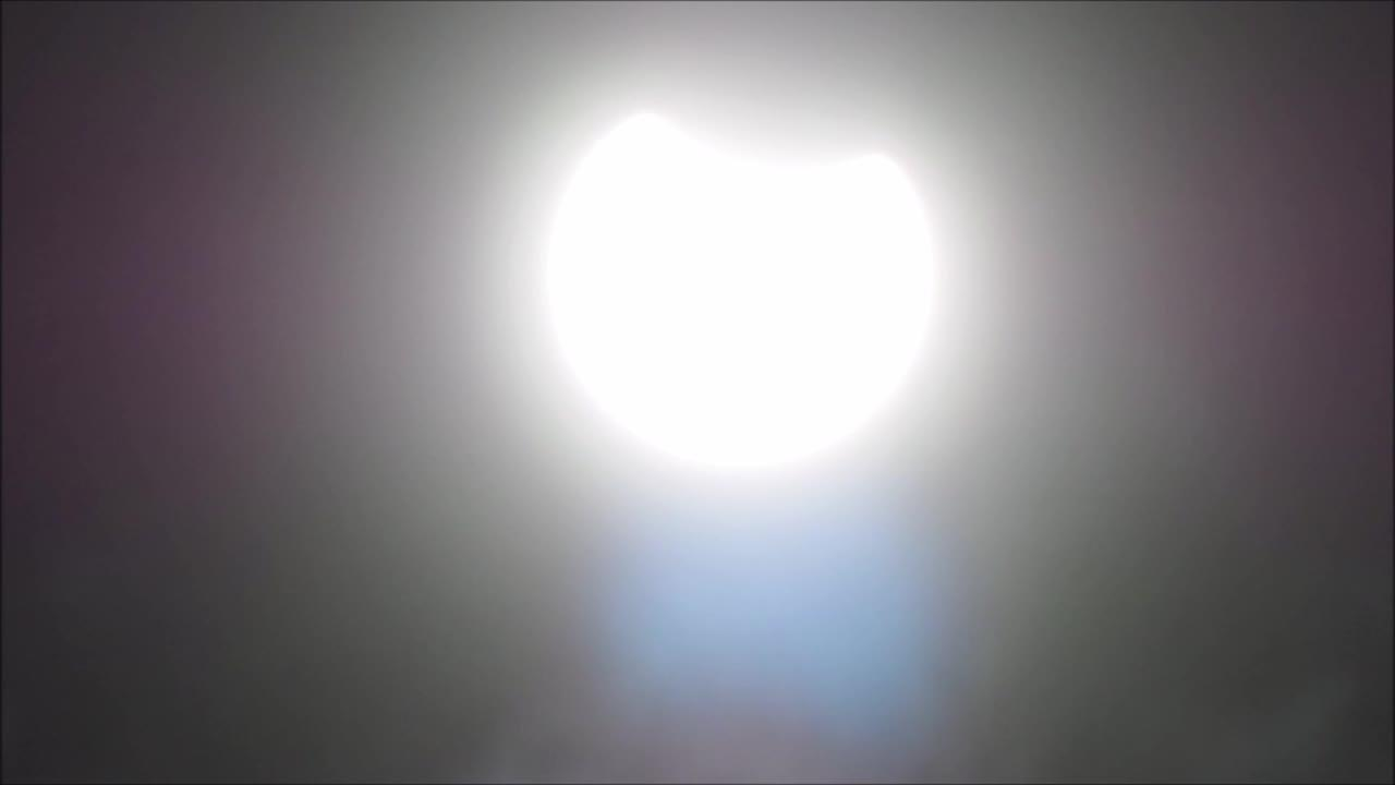 Photographer captures stunning shots of partial solar eclipse over Kent, UK