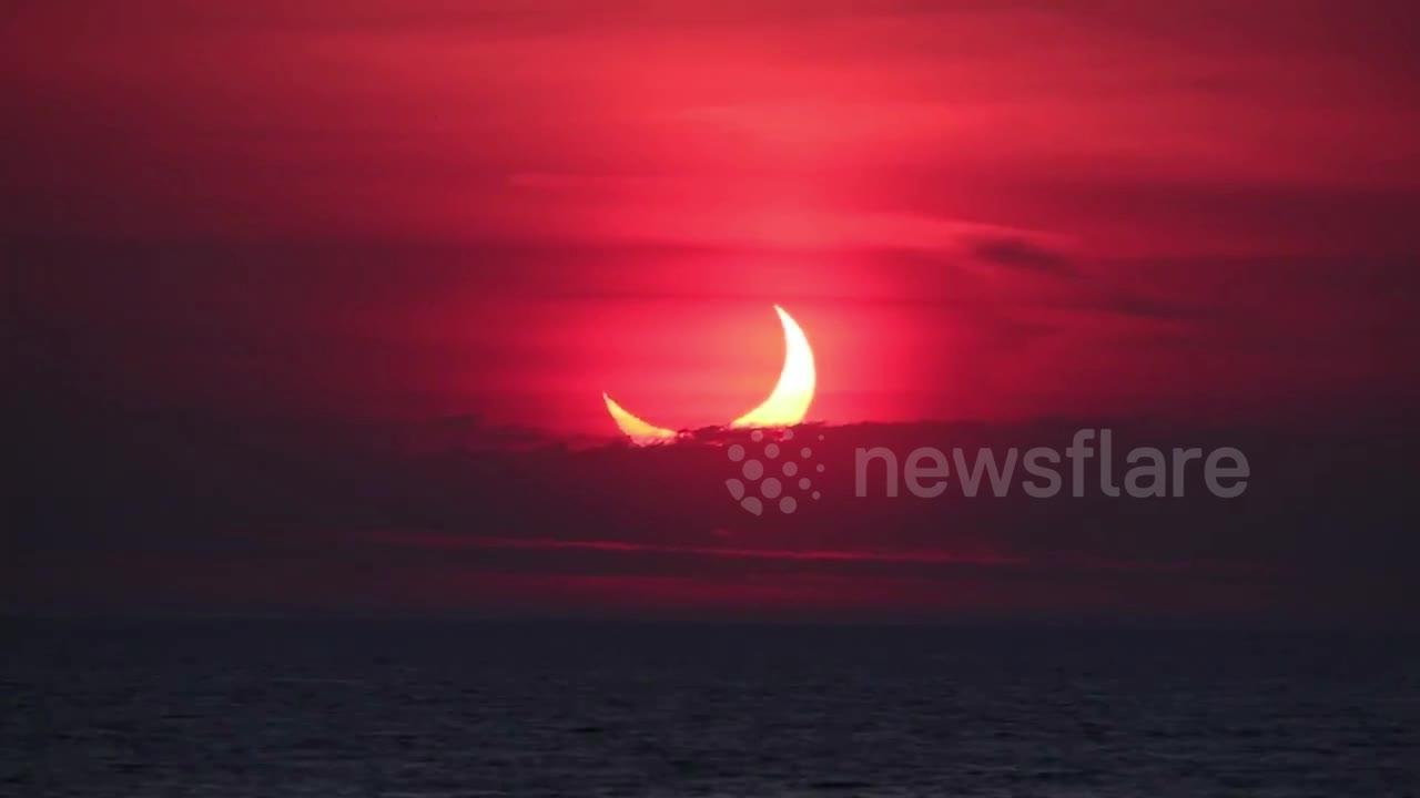 US skywatchers witness stunning 'ring of fire' solar eclipse