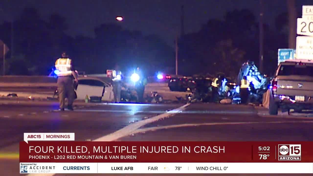 Fiery crash kills 4, leaves 9 others hurt in Phoenix
