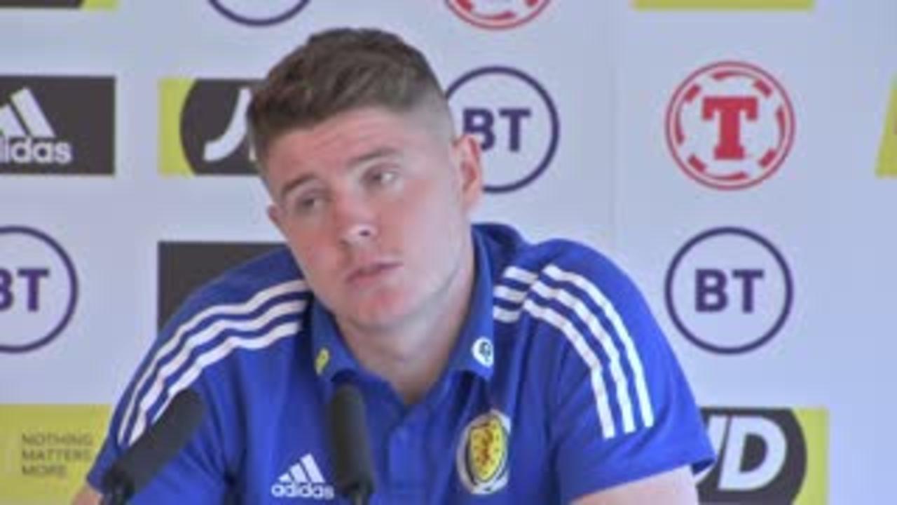Robertson's gift to Scotland team revealed