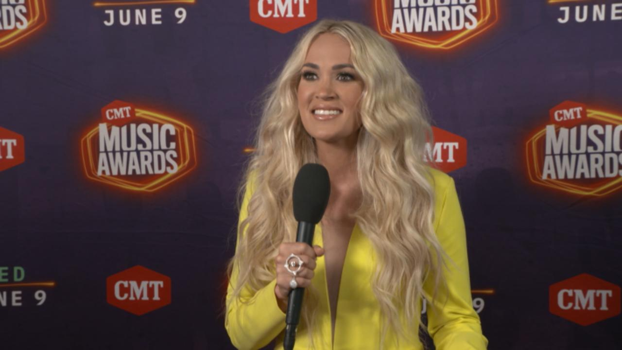 Carrie Underwood, Kane Brown And More Thank Fans At CMT Awards