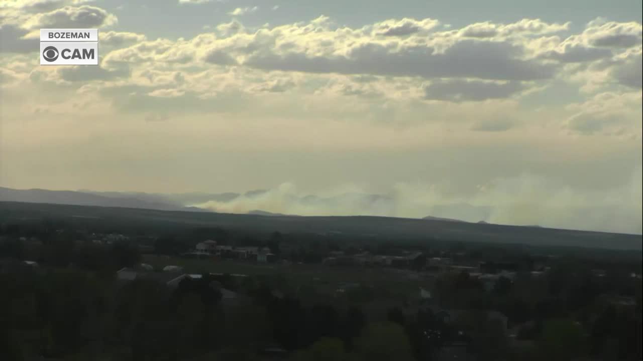 Crews battle wildfire near Willow Creek