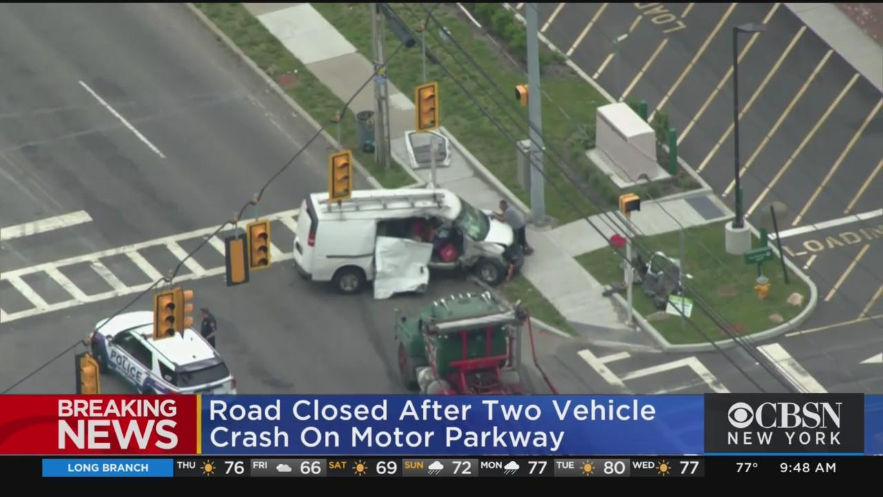 2 Vehicle Crash On Motor Parkway In Suffolk County