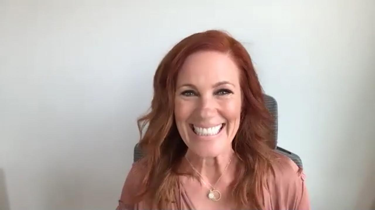 Elisa Donovan Shows Dark Side Of Hollywood In 'Wake Me When You Leave'