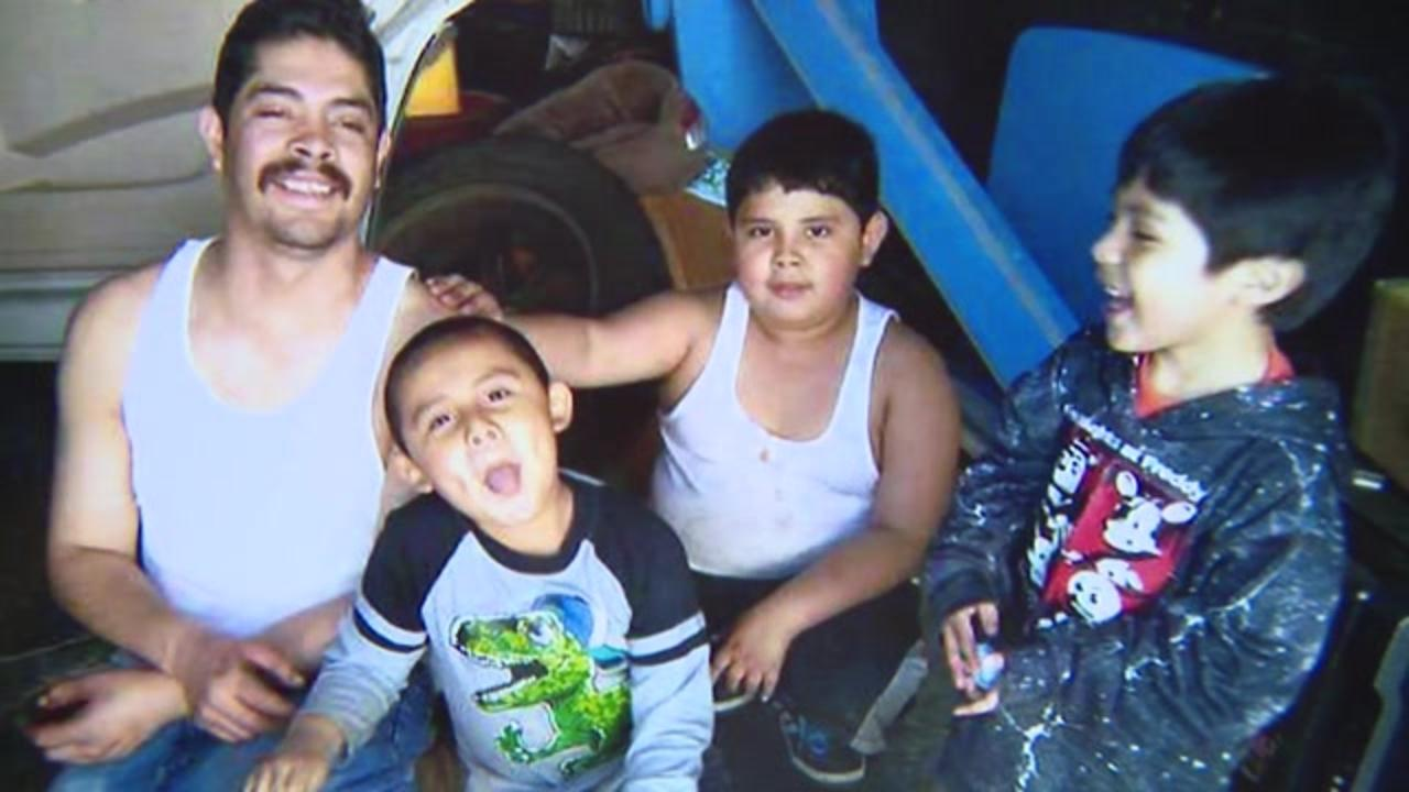 Illinois family hopes for justice after father of 4 stabbed to death last month