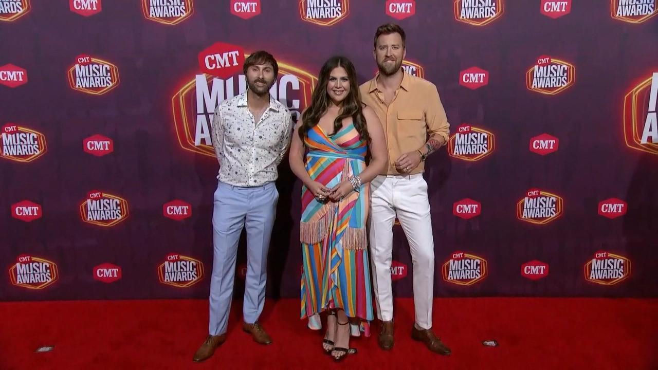 2021 CMT Awards Highlights