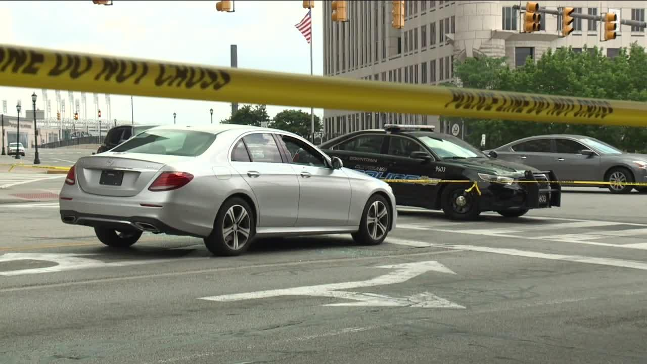 23-year-old man in serious condition after shooting in Downtown Cleveland