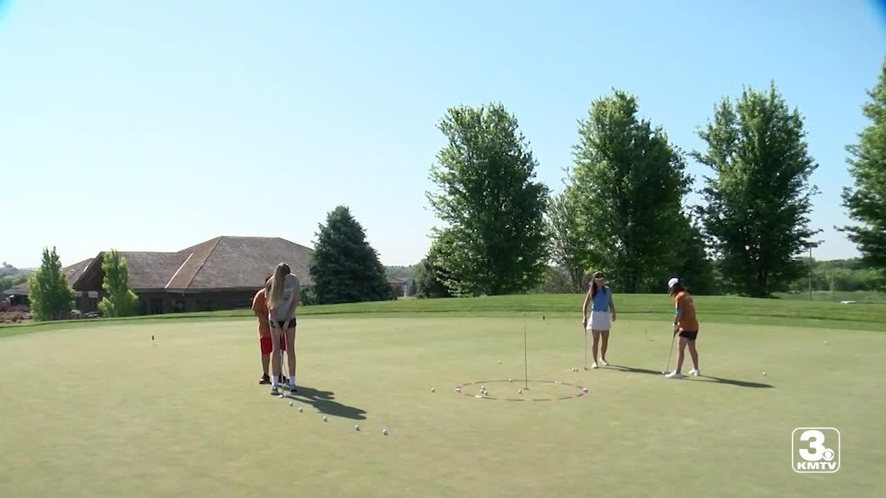 Outlook Enrichment holds golf clinic for kids at Indian Creek