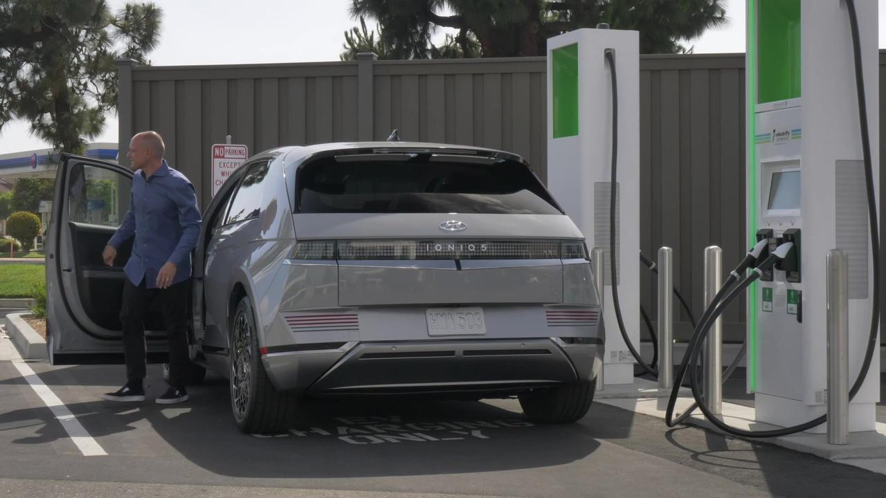 All-Electric Hyundai IONIQ 5 Drivers with Two Years of Complimentary Fast Charging