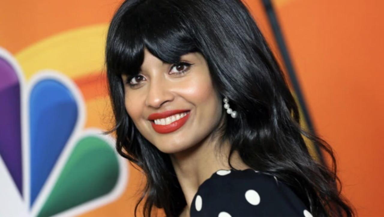 Jameela Jamil Joins the Cast of Marvel & Disney+'s 'She-Hulk' Series As Villain | THR News