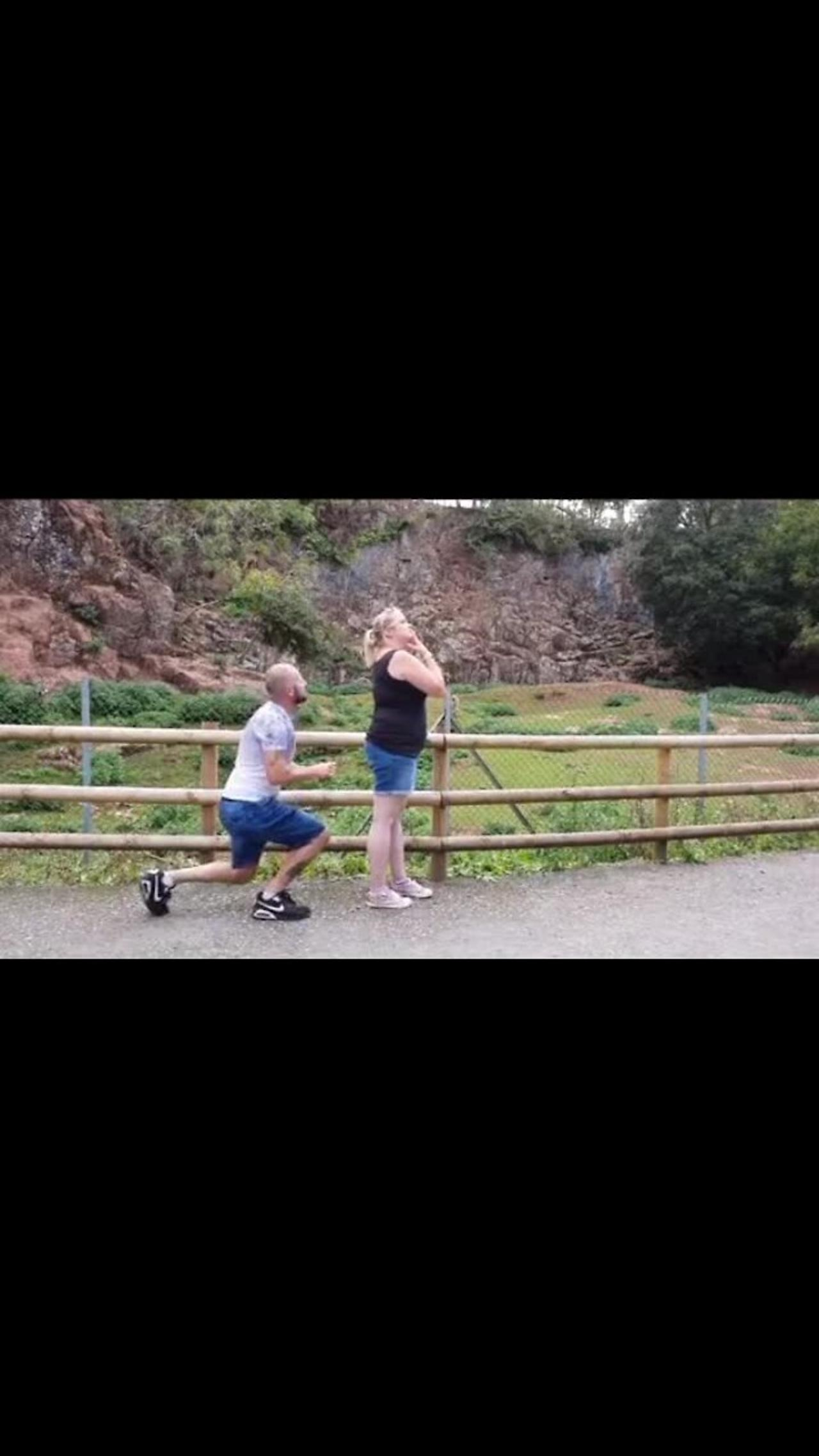 Witness the priceless moment this man decides to propose