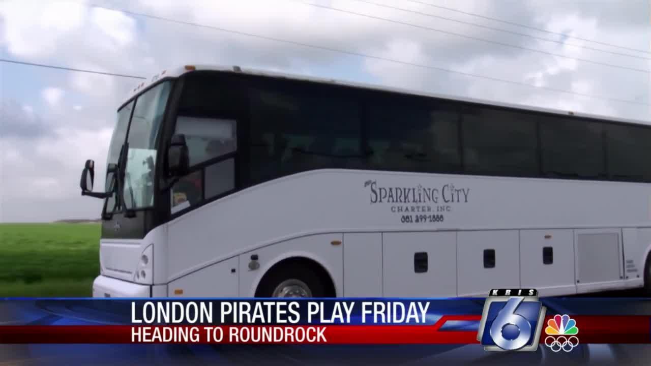 London Pirates get big sendoff to state tournament