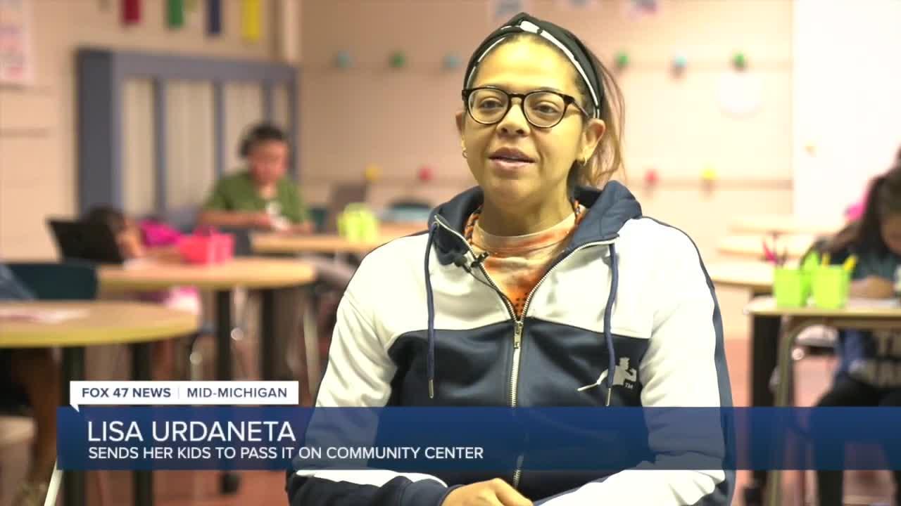 Lisa Urdanteta sends her children to CeCi's program.