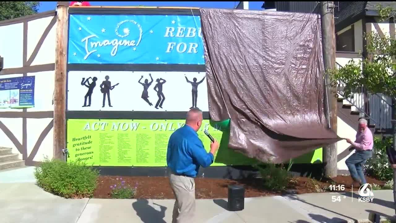 Solvang Theater unveils sign thanking people for donations
