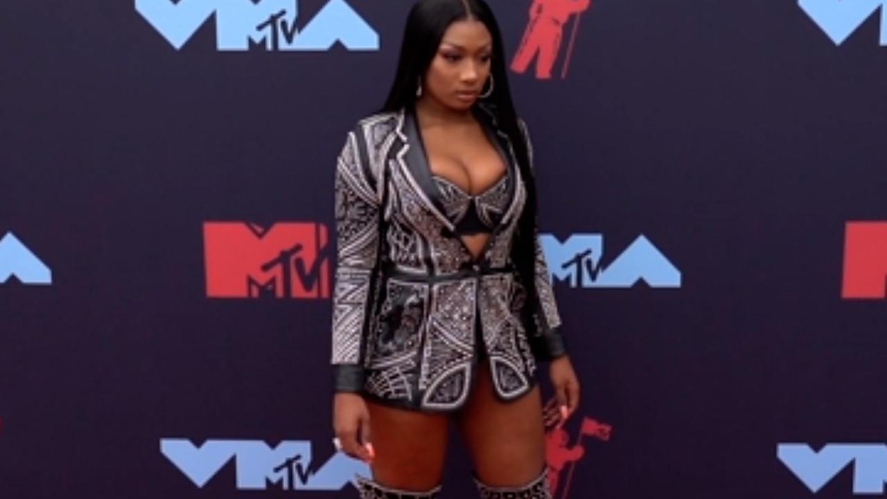 Megan Thee Stallion to give full-ride scholarship to Roc Nation School of Music