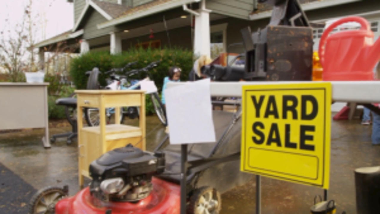 You Should Buy These Things at Yard Sales
