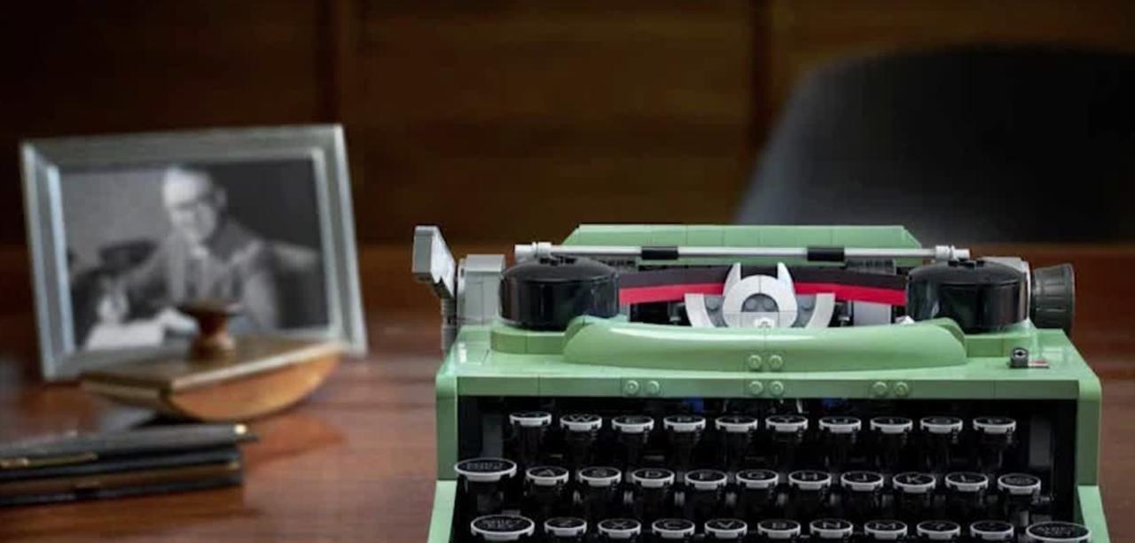 Lego bringing back old-fashioned typewriter