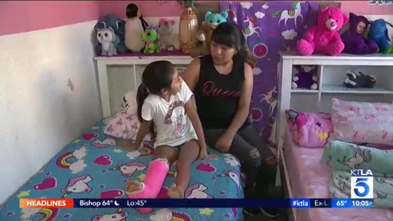8-year-old girl afraid to go outside a month after hit-and-run crash injured 2: LAPD