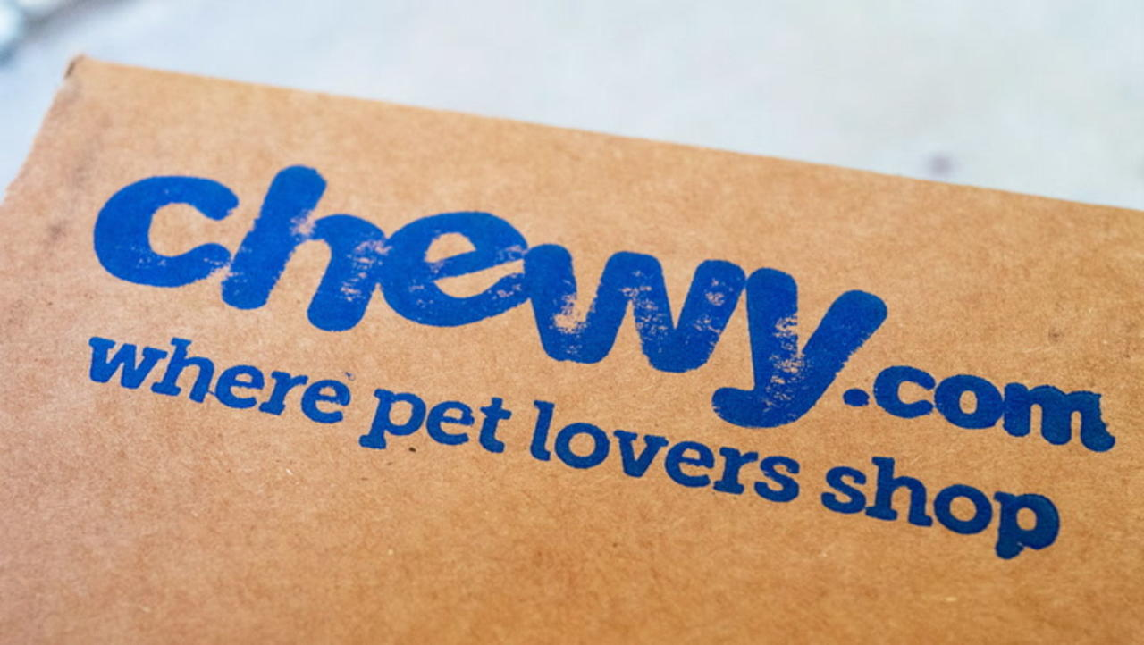 Jim Cramer Says Chewy Stock Is a Buy Post-Earnings
