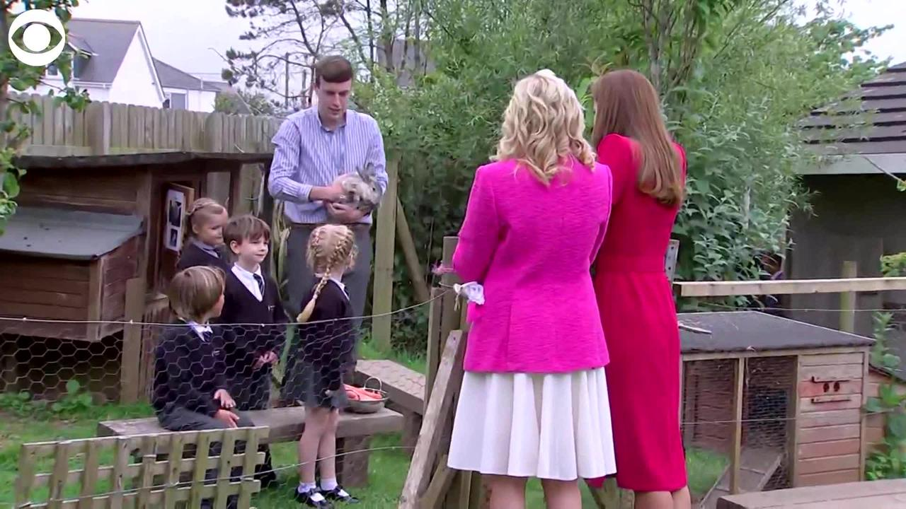 WEB EXTRA:  First Lady and Kate Middleton Bring Carrots To Feed Class Bunny
