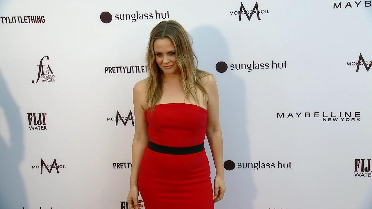 Daily Download: Alicia Silverstone Reveals Mispronunciation Of Her Name