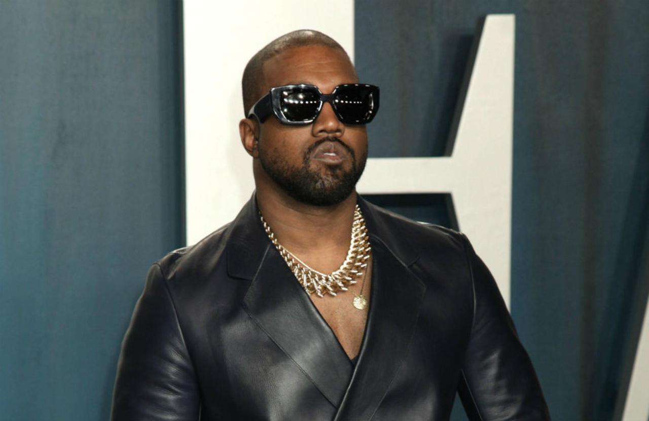 Kanye West has unfollowed the Kardashians on Twitter!