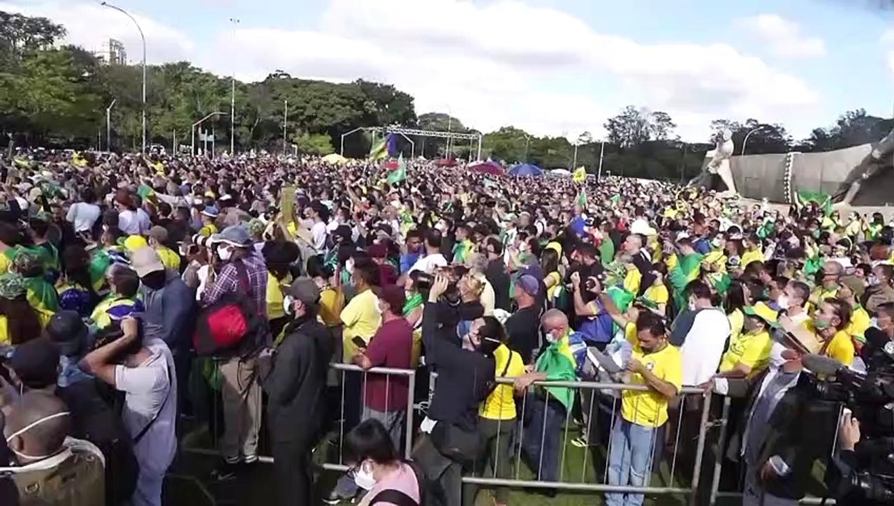 Brazil's Jair Bolsonaro fined 75 euros for not wearing a face mask at a biker rally