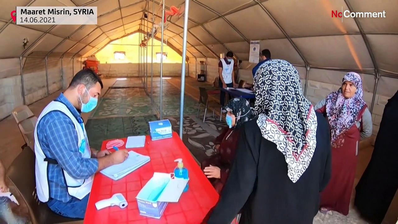 Displaced Syrians vaccinated against COVID-19
