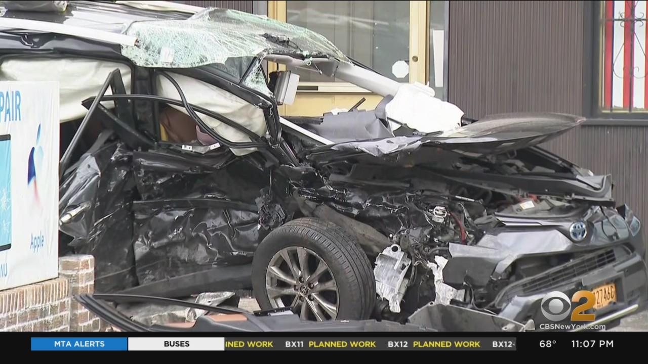NYPD: 47-Year-Old Lyft Driver Killed In 2-Car Crash In Queens