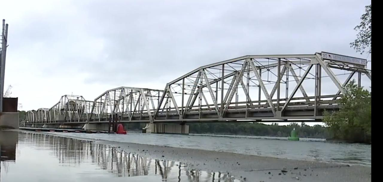 Long-awaited repairs begin Monday on Grosse Ile Parkway Bridge