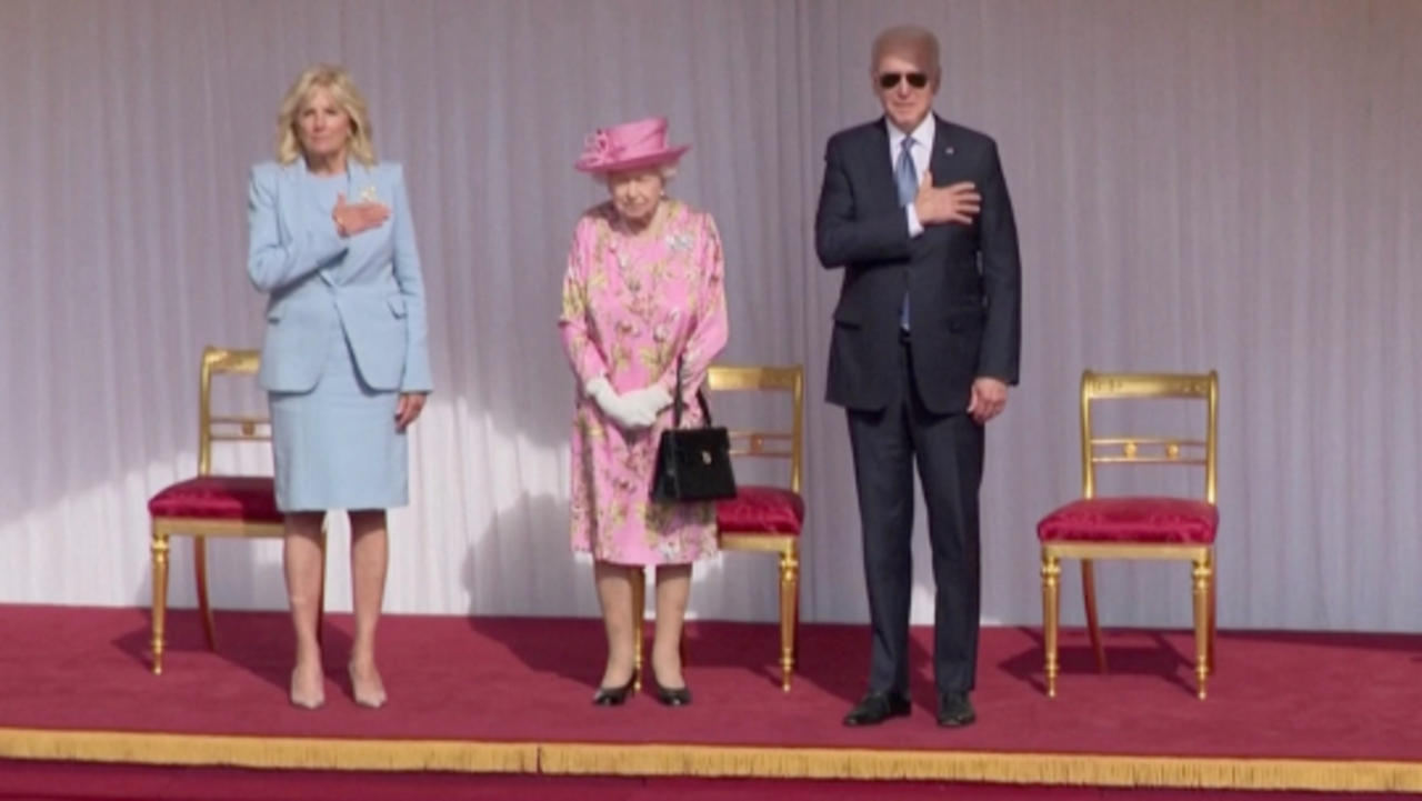 The Queen's Fashion Tribute to American History