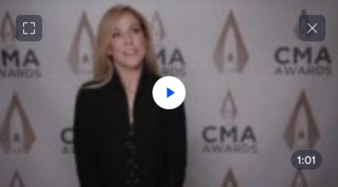 Sheryl Crow accuse l'ancien manager de Michael Jackson de harcèlement sexuel