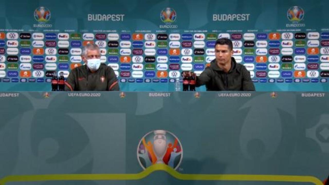 Cristiano Ronaldo rejects Coca-Cola and praises water