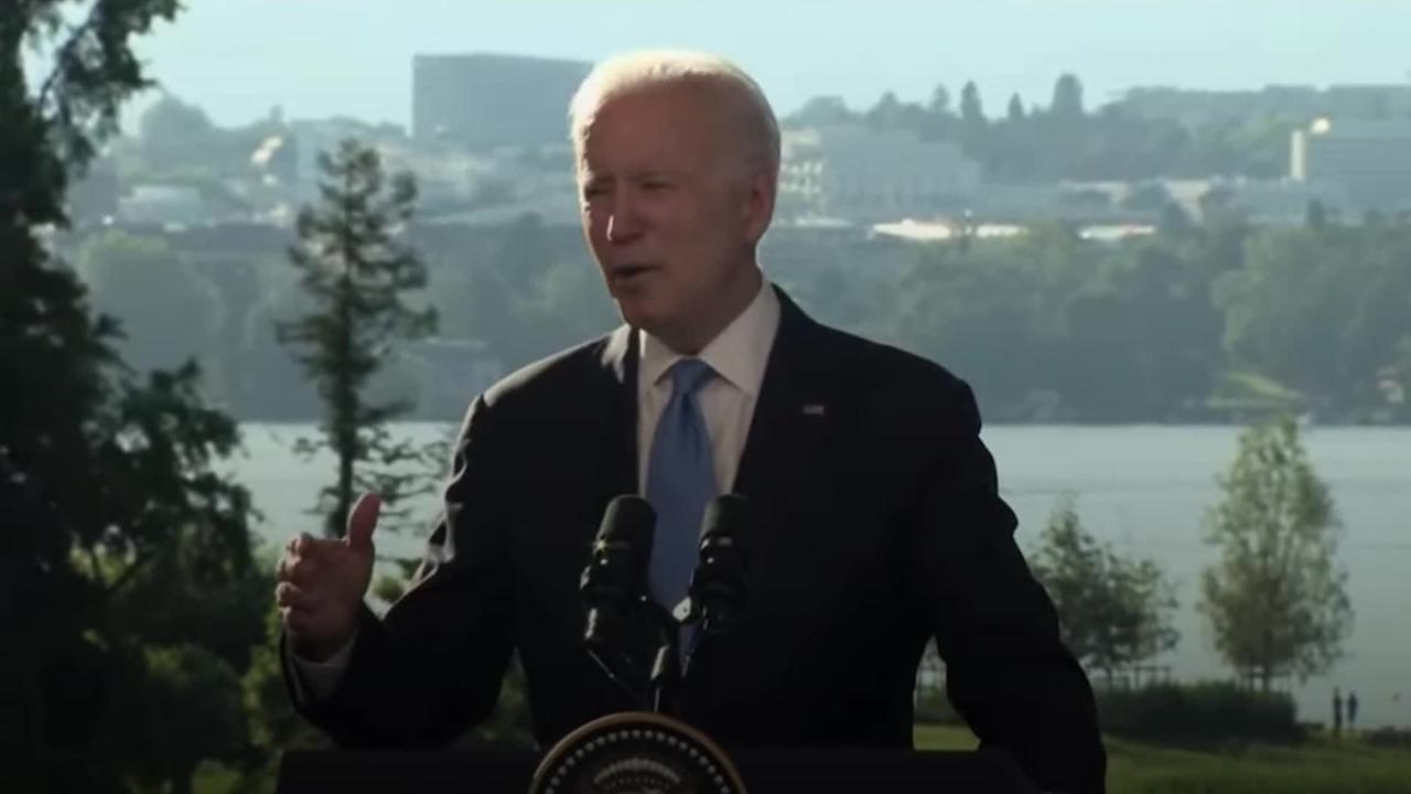 Biden stresses human rights in talks with Putin