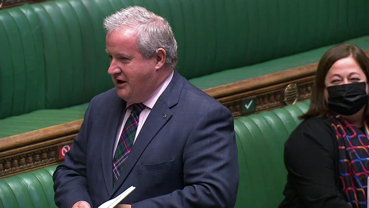 Ian Blackford asks PM about Cummings texts