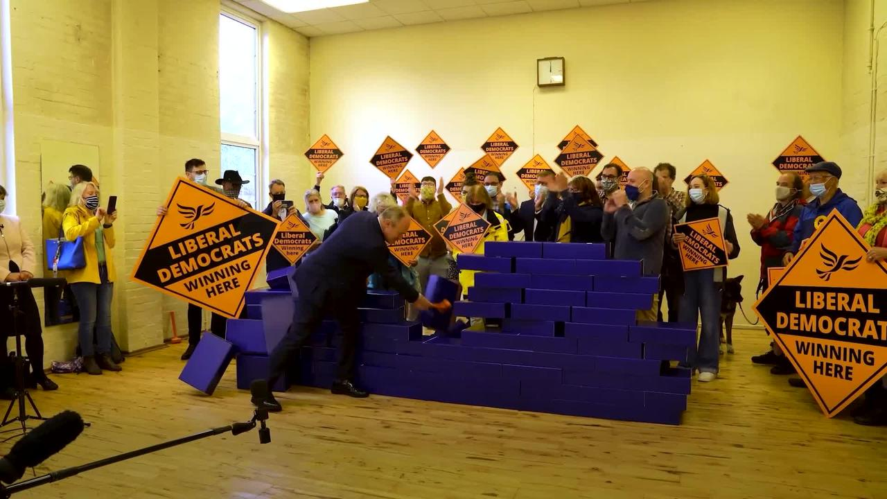"""Sir Ed Davey smashes the """"Blue Wall"""" in by-election celebration"""