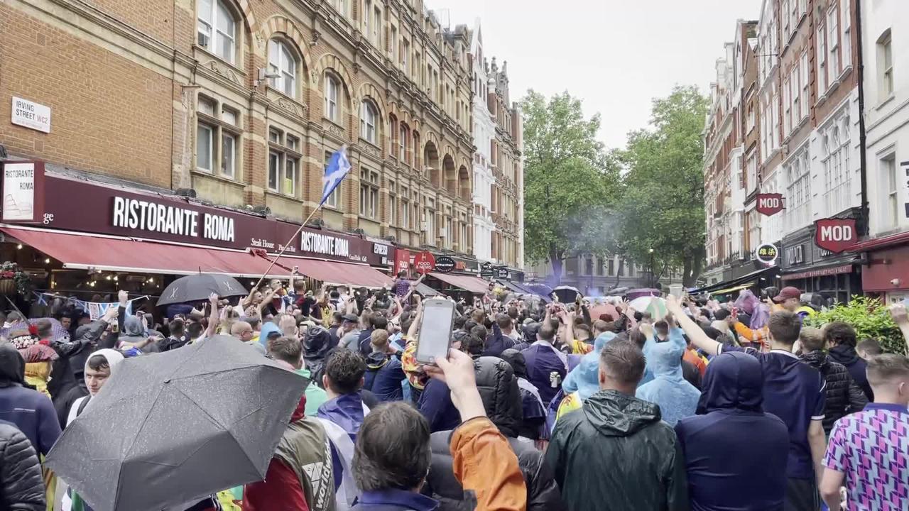 Sturgeon urges Tartan Army to enjoy England-Scotland match safely