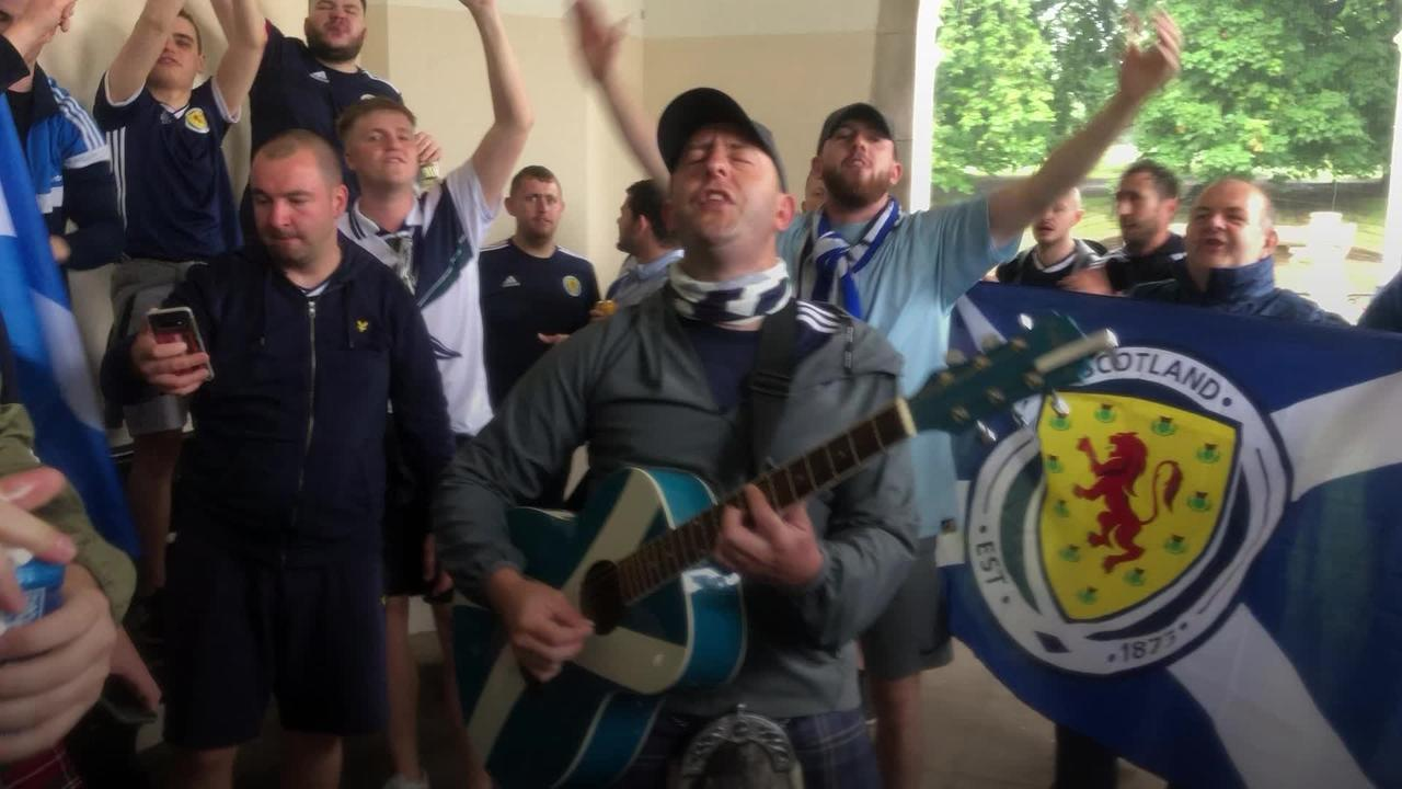 Scotland fans party in London ahead of England Euros clash