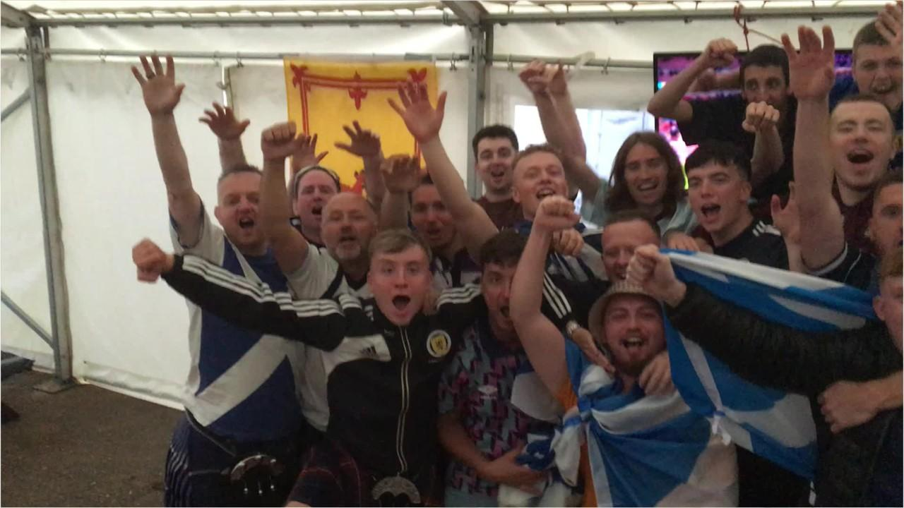 Scotland fans watching the Euro 2020 clash against England