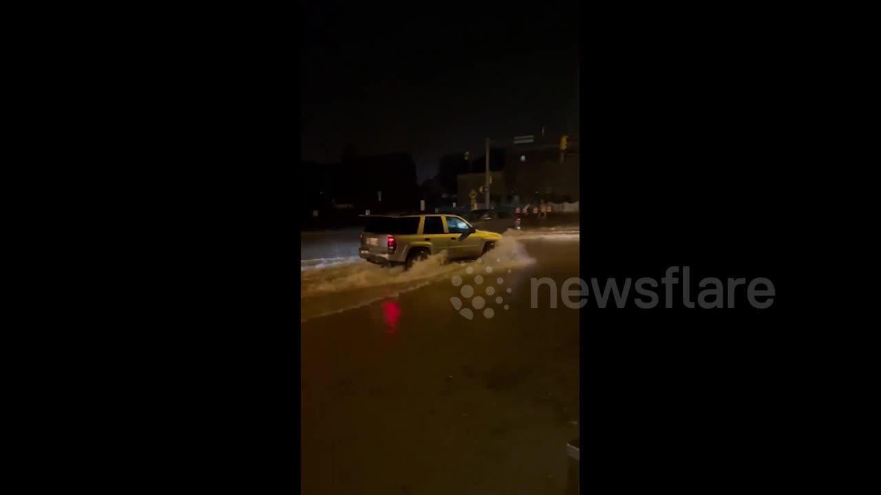 Flooding and heavy rain as storm hits Bloomington, USA