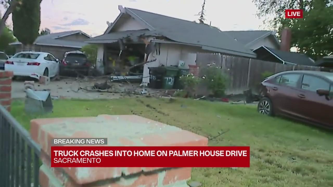 Driver crashes truck into South Sacramento home, parked cars — 5:30 a.m.