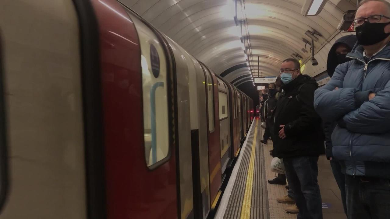 Tube to get full mobile phone coverage by end of 2024