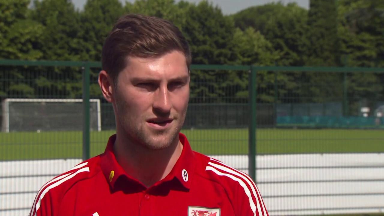 Davies: Eriksen in good spirits