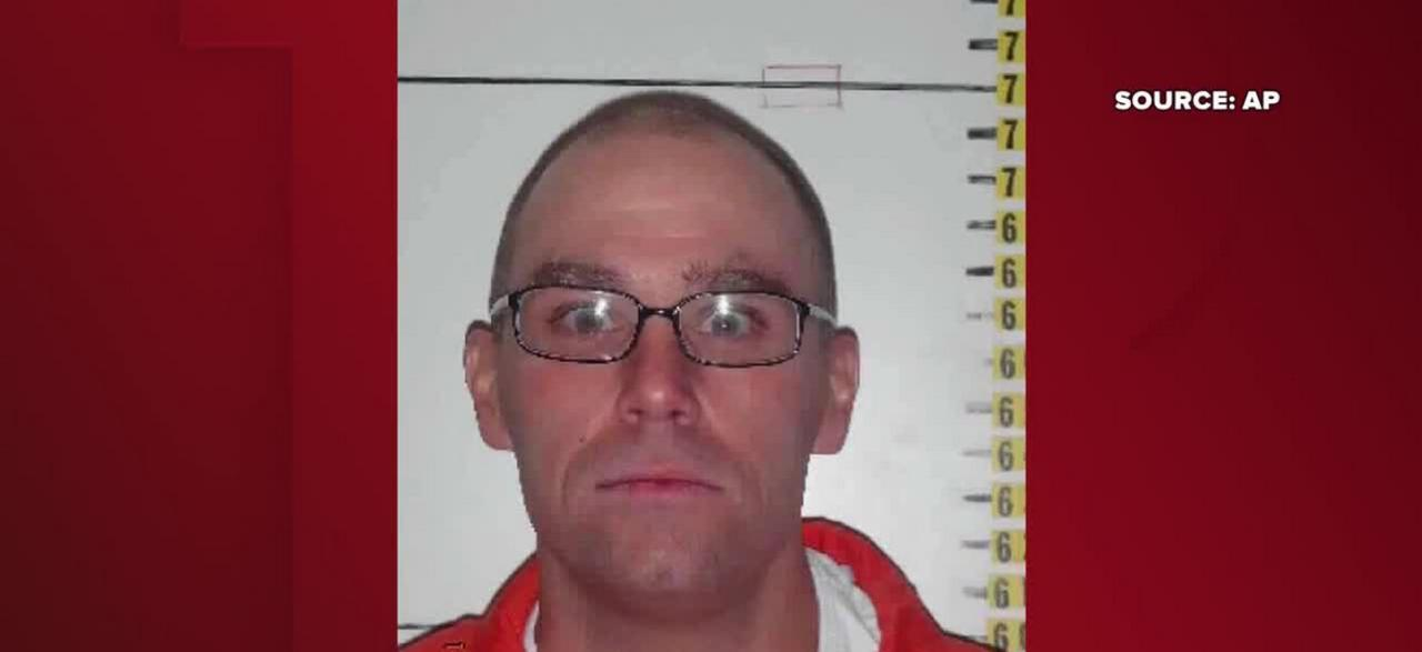 Convicted murderer requests stay of execution