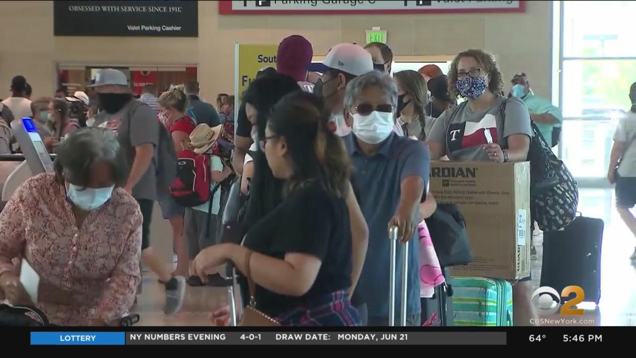 Major Airlines Having Trouble Keeping Up With Surge In Passengers